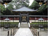 สุสานซุยโฮเด็ง (Zuihoden Mausoleum)