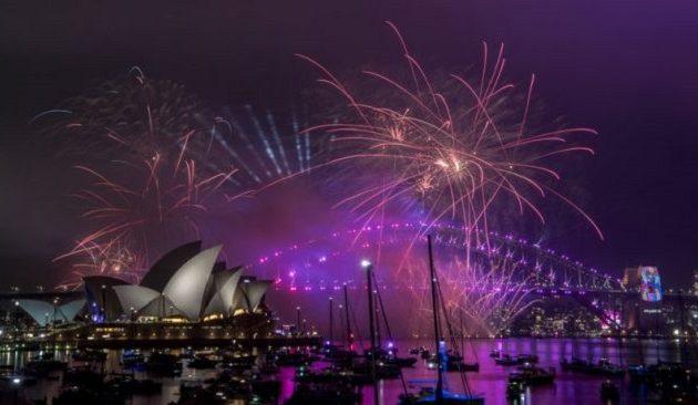 Στην Αυστραλία άλλαξε ο χρόνος με χιλιάδες πυροτεχνήματα (βίντεο)