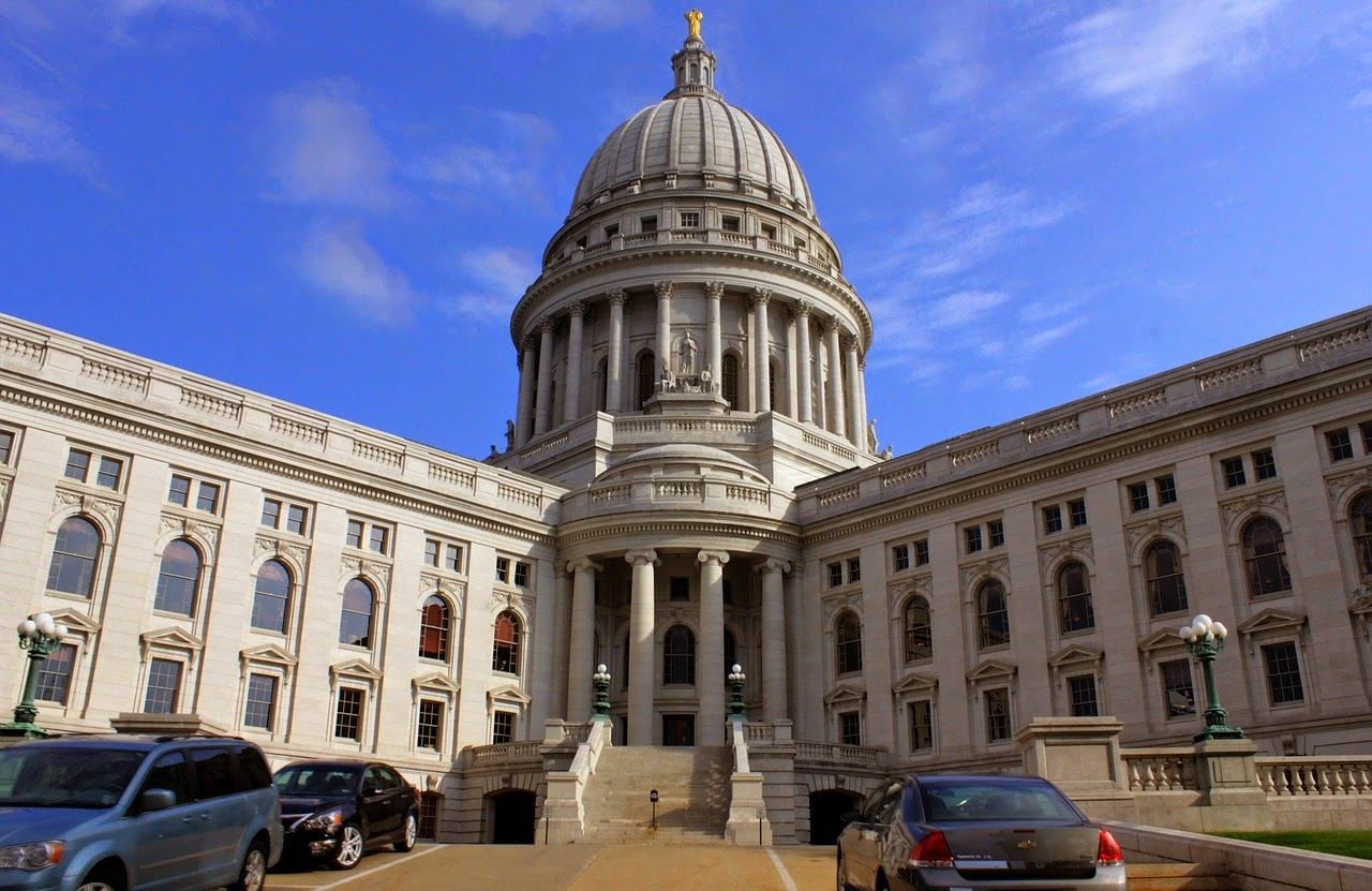 Picture of the Wisconsin State Capitol