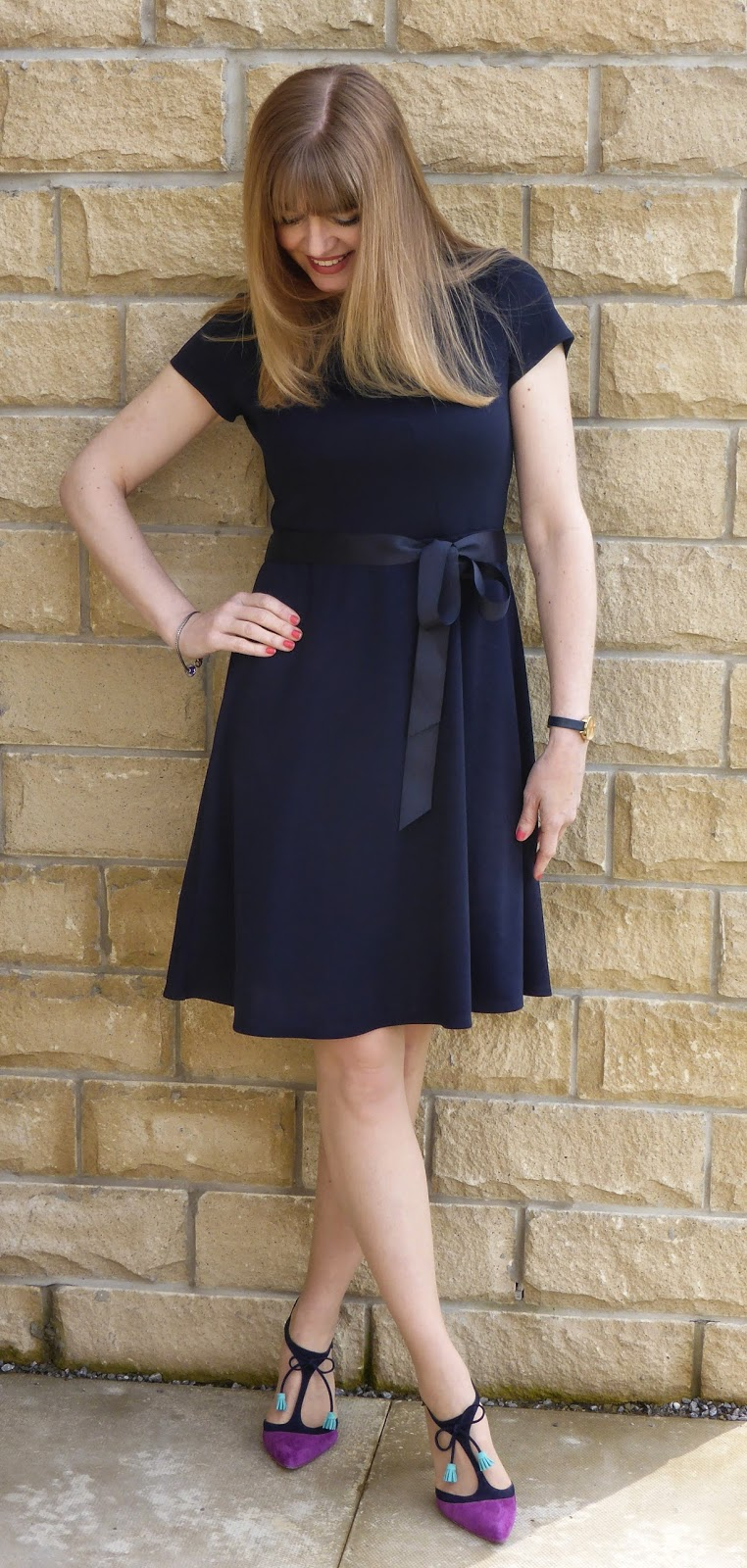 What Lizzy Loves, 40 plus fashion blogger. navy jersey Kaliko dress with navy and pink Boden Alice shoes