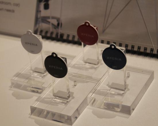 SONY XPERIA: NFC & MEDIA SERVER CONCEPT ON XPERIA SMARTPHONES
