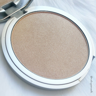 Mary-Lou Manizer Review