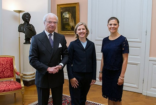 King Gustaf and Princess Victoria attended a meeting with the new ministers of the cabinet, EU and Minister of Trade Ann Linde, Minister of Environment Karolina Skog and Minister of Housing and Digital Development Peter Eriksson. Princess Victoria wears asos lace dress