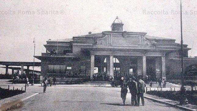 Storia della Roma-Lido - La ferrovia inizia a funzionare