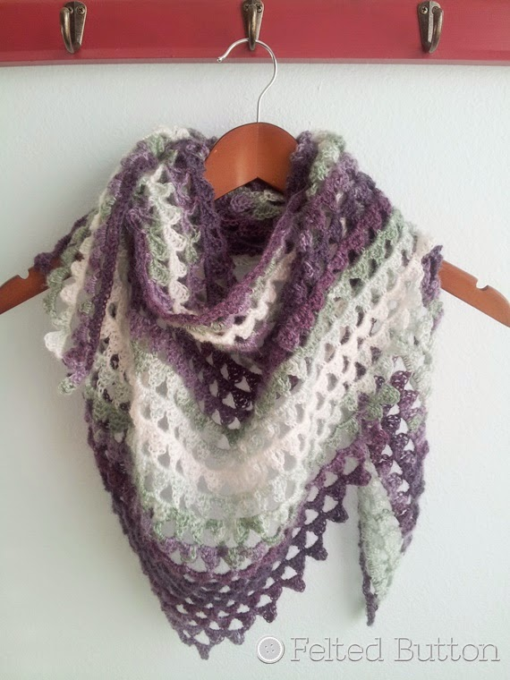 Triangle of Triangles Scarf (crochet pattern by Susan Carlson of Felted Button)
