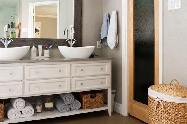 Bathroom Vanity Decorating Ideas Tips