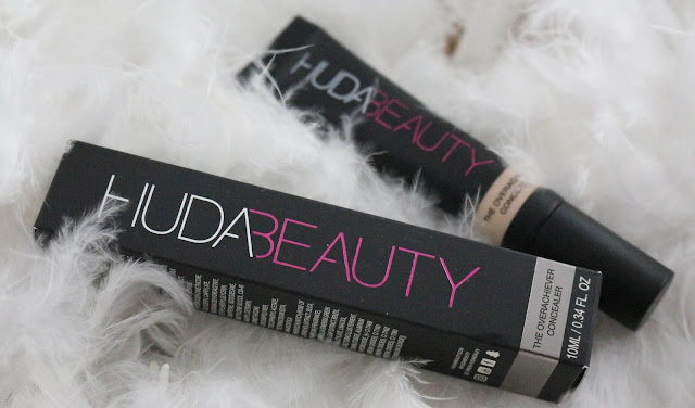The overachiever concealer Huda beauty / On tient quelque chose !