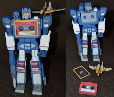 G1 Transformers Papercraft Soundwave and Buzzsaw