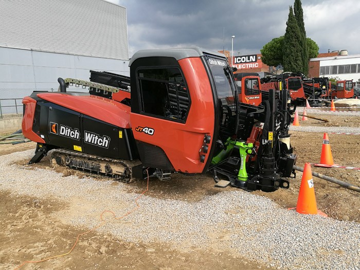 Ditch Witch JT40.