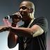 "JAY-Z exibe mugshots do Meek Mill, 50 Cent, Snoop Dogg, Nicki Minaj e + em telão da turnê ""OTRII"""