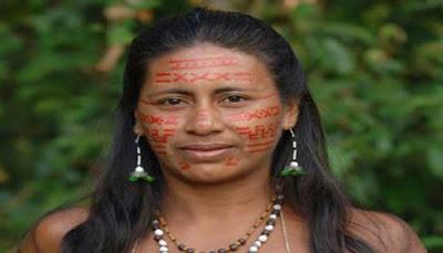 Menjadi elok ialah idaman bagi seluruh perempuan diseluruh dunia 8 BUDAYA UNIK MENJADI CANTIK