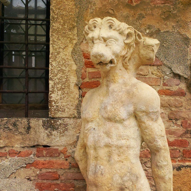 A beastly statue in the courtyard of Teatro Olimpico in Vicenza