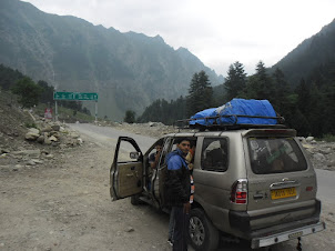 A rest stop on the road to Leh.