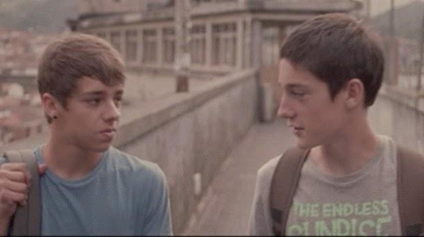 cortos gay en castellano