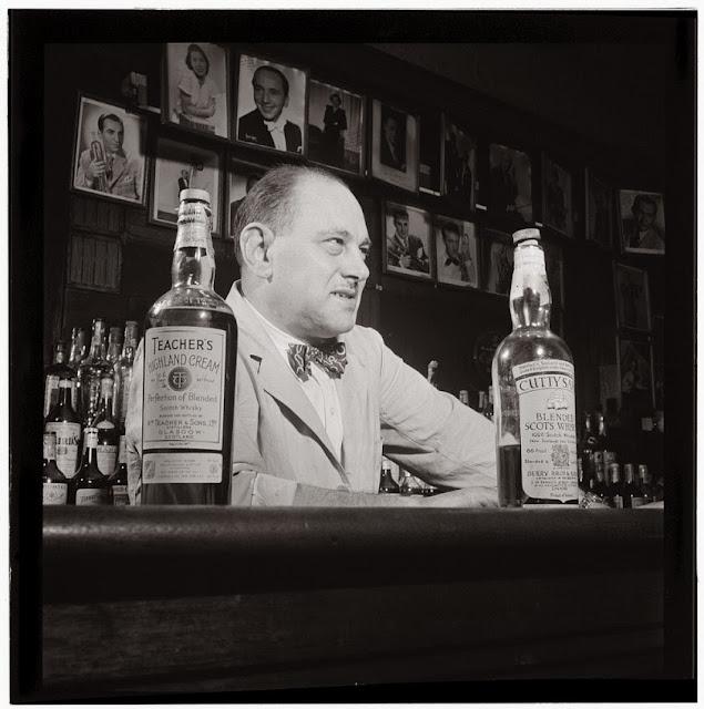Funny grumpy bartender joke picture