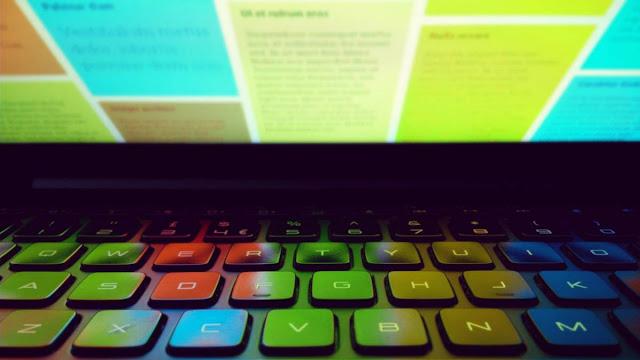 raul vittor alfaro ajuste brillo laptop