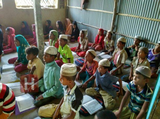 Menengok Madrasah Pengungsi Rohingya di Cox's Bazar, Gurunya Tidak Dibayar