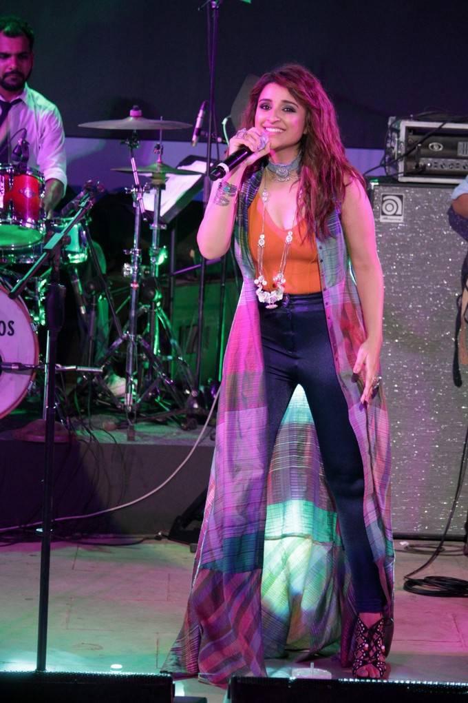 Parineeti Chopra At Meri Pyari Bindu Promotions At HT Music Concert
