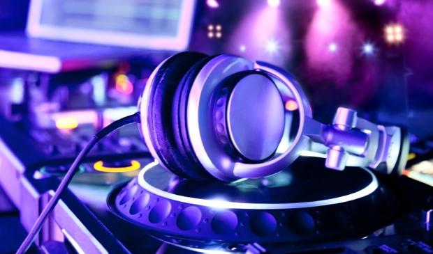 J Chase – Dj Efeezy Got Me Crazy J Mix   Breaking Trap