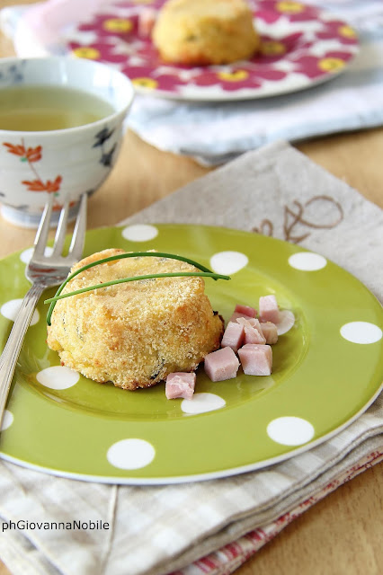 Sformatini di patate farciti con arrosto di culatello Lenti, fiordilatte ed erba cipollina