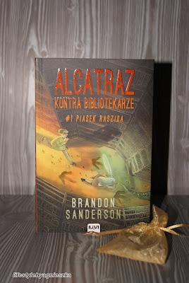 "Książkowa sobota - Brandon Sanderson ""Piasek Raszida"""