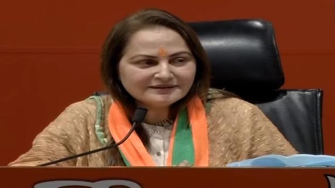 Actress Jaya Prada Joins BJP, BJP Join karte hi Jaya Prada boli PM Modi ke haathon mein desh surakshit