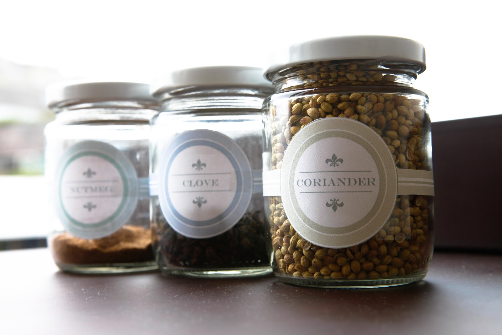 indispensable lady diy jar label project