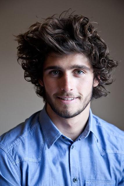 cortes de cabelo masculino ondulados e cacheados longo (2)