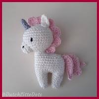 Mini unicornio amigurumi