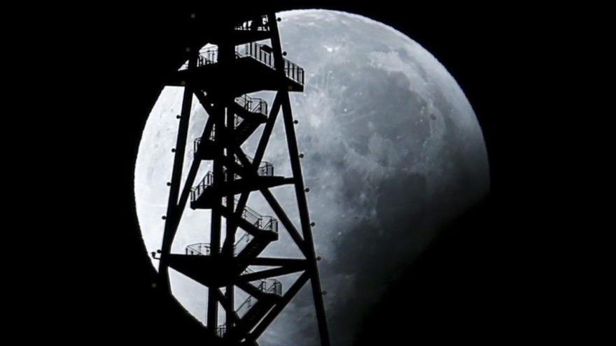 China busca instalar una estación de radar habitada en la Luna