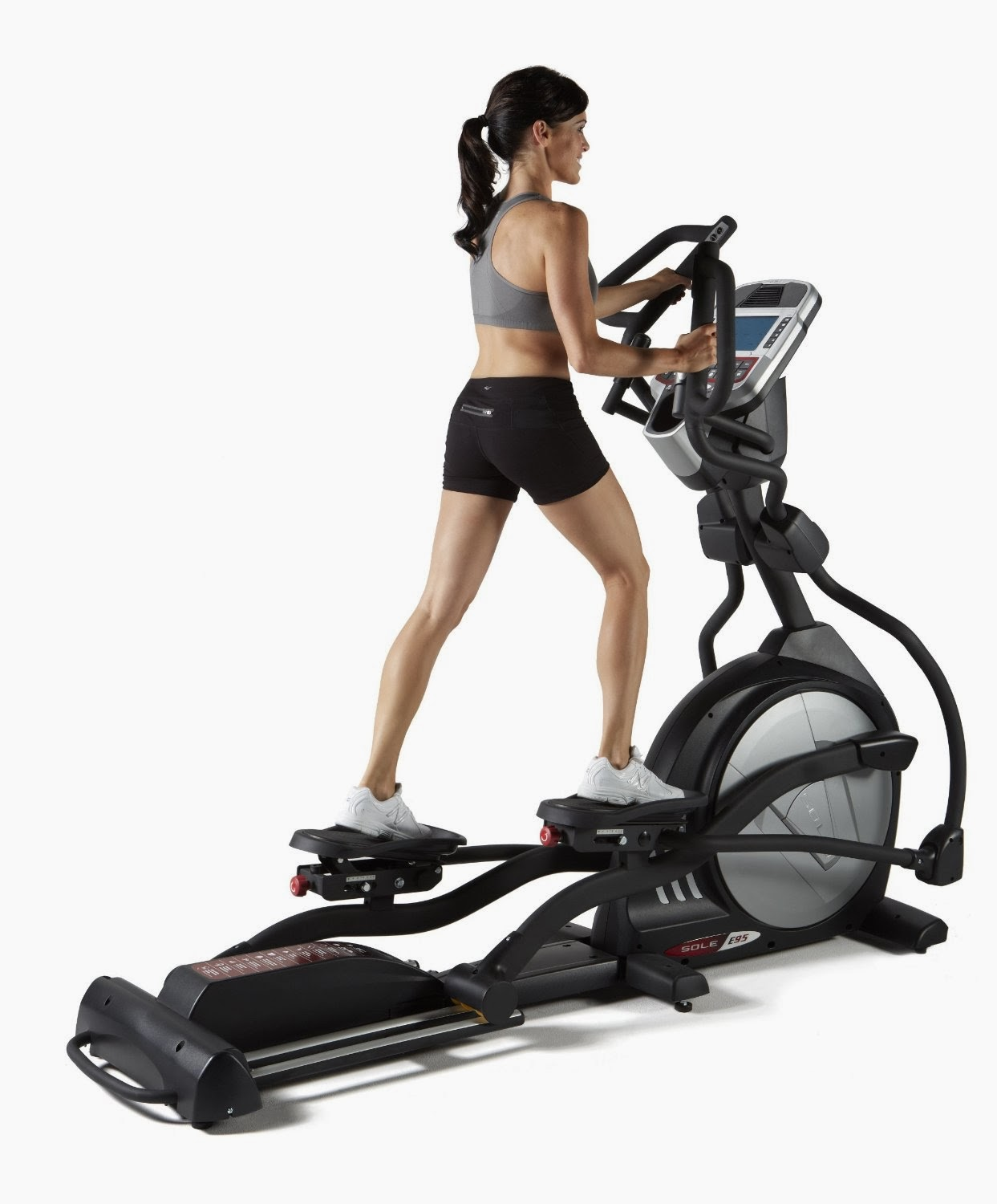 Sole E95 Elliptical Trainer Machine, compare features & differences with Schwinn 470