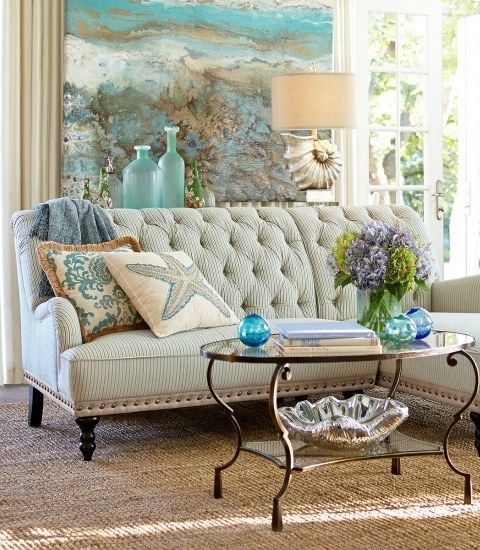 Tips on How to Arrange Pillows on Couch