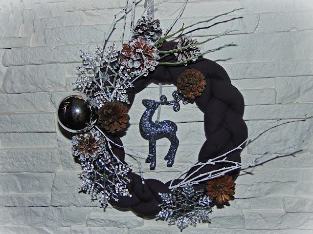 wianek świąteczny dekoracyjny