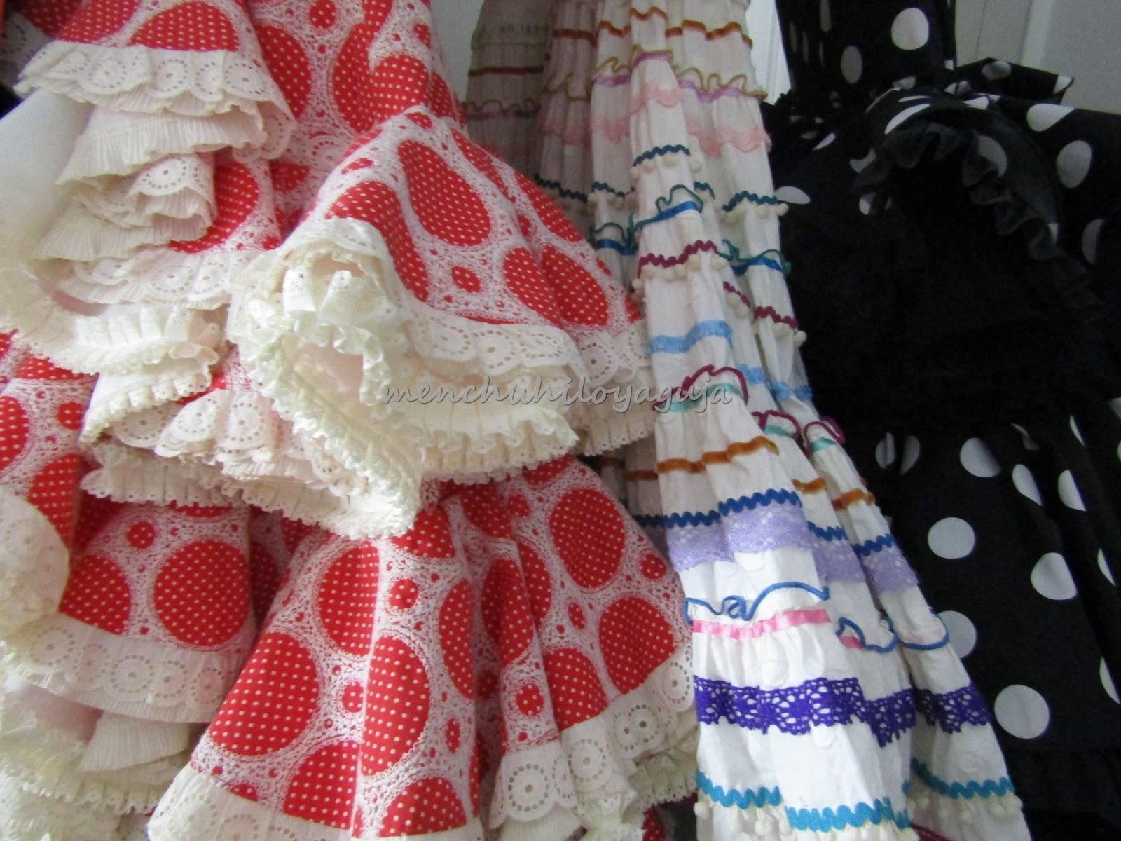 55a49fbbab El volumen en los trajes de flamenca lo podemos obtener con varios tipos de  texturas
