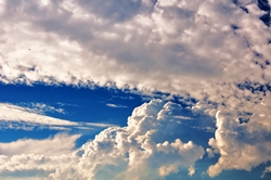 Hoch über der Erde in den Wolken...