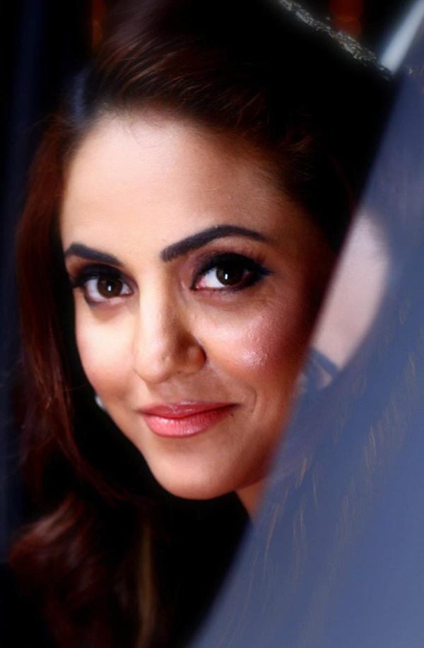 CAMILLE: Nadia Khan Pron Pakistan