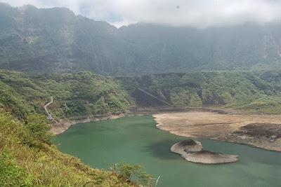 Wisata Pendakian 14 Gunung Api Terindah di Indonesia