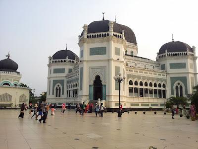 Masjid Raya Al Mahsun - Medan