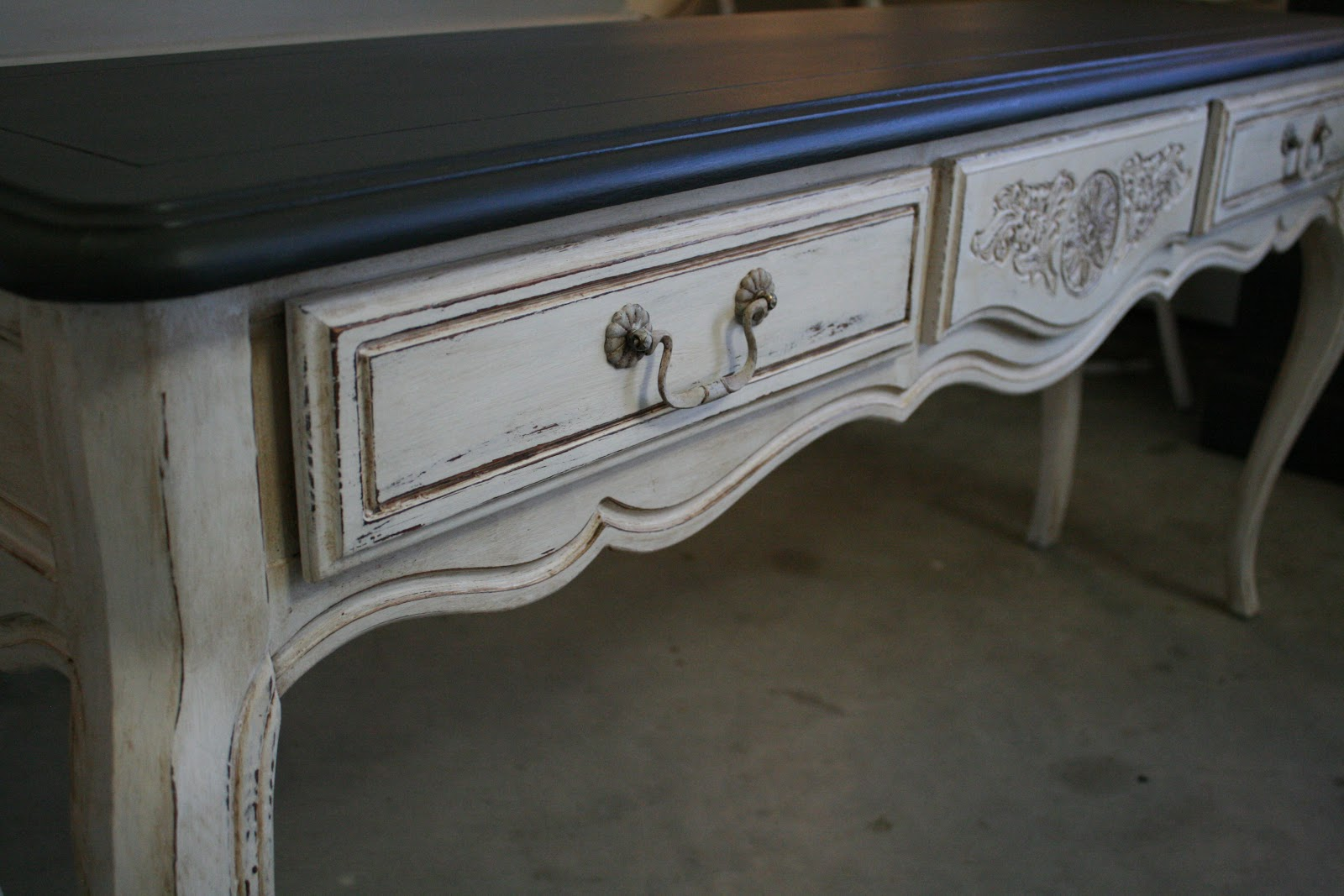 Reloved Rubbish Graphite And Pure White Console Table