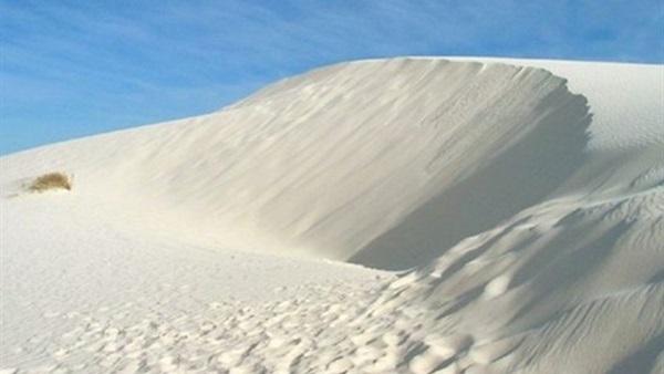 الرمال البيضاء