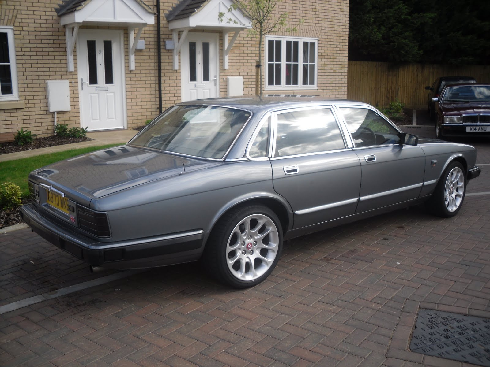 What's the biggist wheels I can fit without rubbing - XJ40