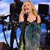 Madonna no palco durante o coquetel de recepção da Leonardo DiCaprio Foundation 4th Annual Saint-Tropez Gala na vinícola de Domaine Bertaud Belieu em Saint-Tropez, na França - 26/07/2017