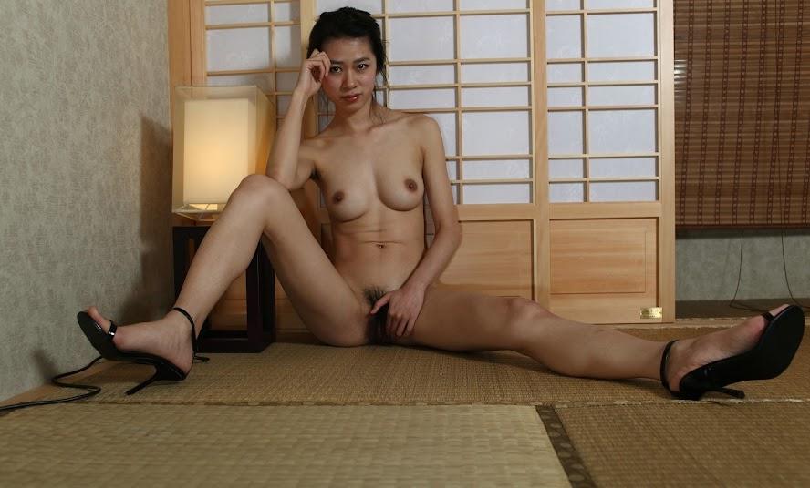 Chinese Nude_Art_Photos_-_035_-_Han_Han re