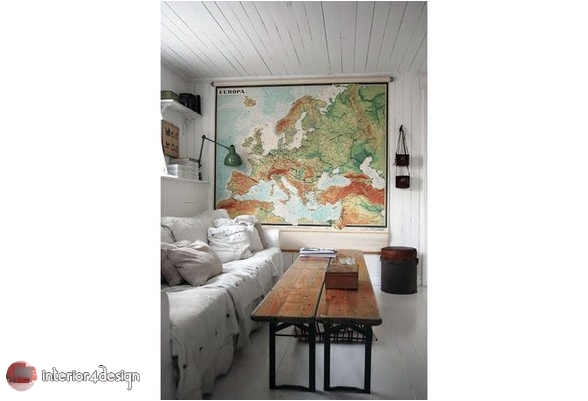 Travel-Inspired Decor 1