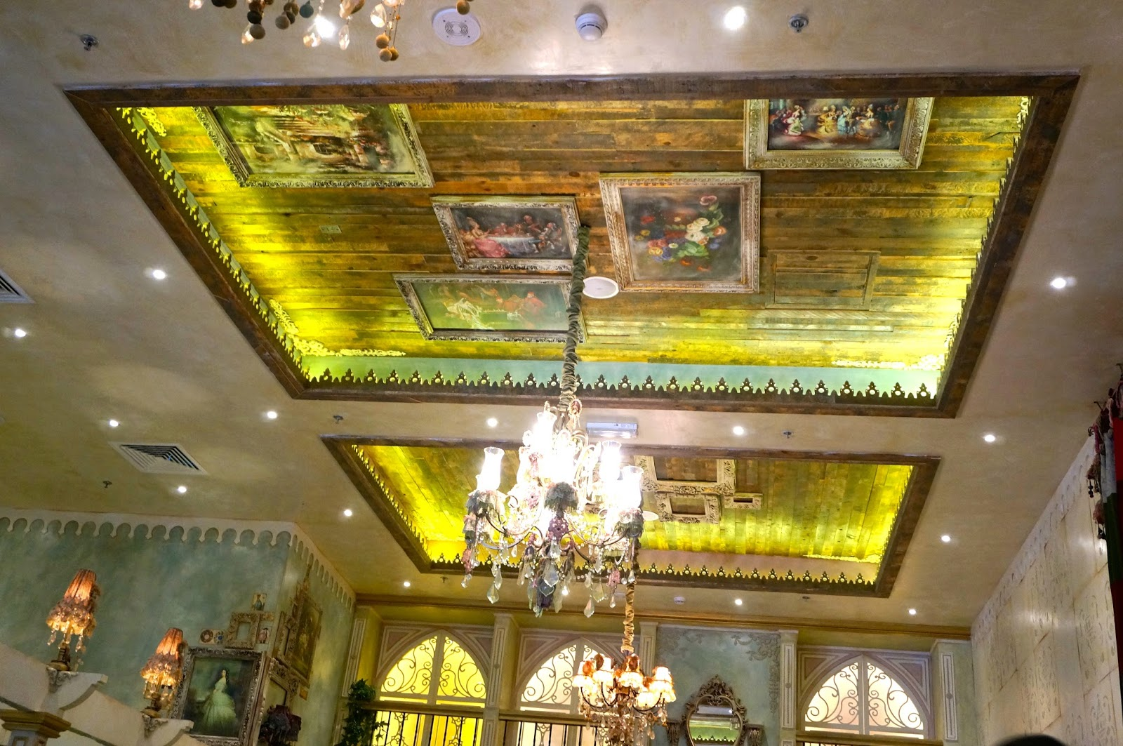Casual Dining at Shakespeare & Co, Doha