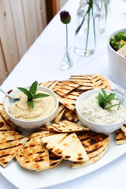 Healthy Snack Option Eat Clean Energy Pre Workout Hummus & Pittas & Veg