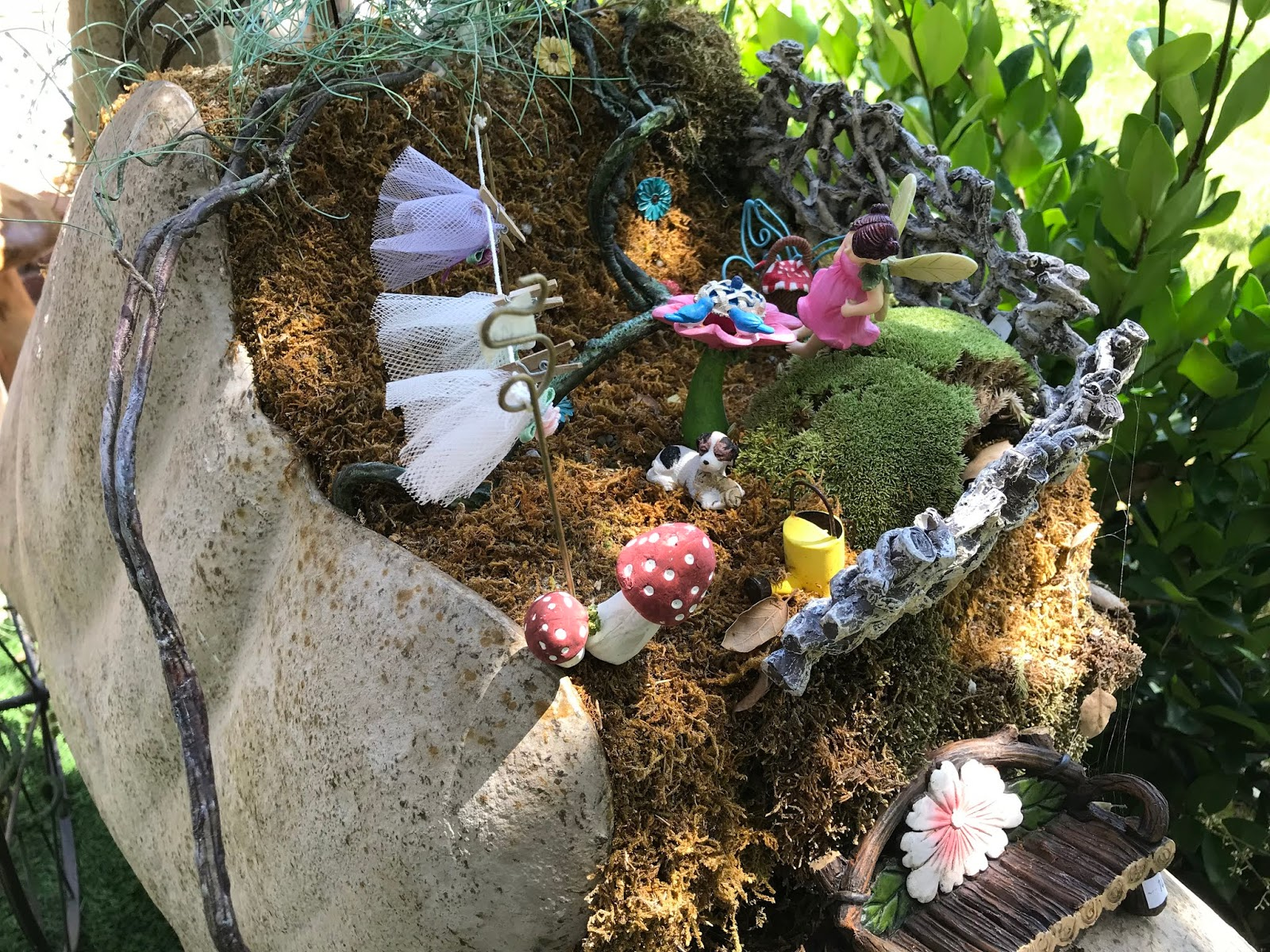 Grandma\'s Enchanted Fairy Garden: Myrtle Creek - Curious Gardens