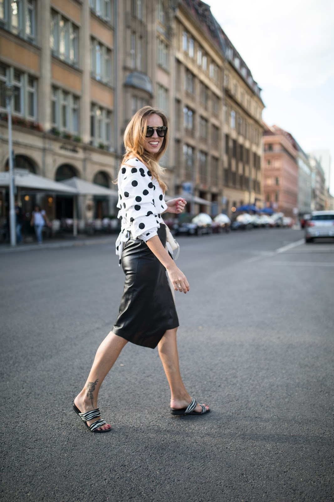 berlin fw street style leather skirt