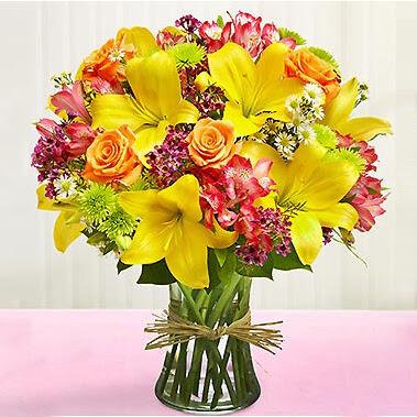 binh hoa thuy tinh mau vang