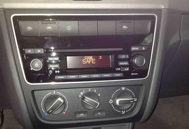 VW Gol G6 2013 - interior - console central